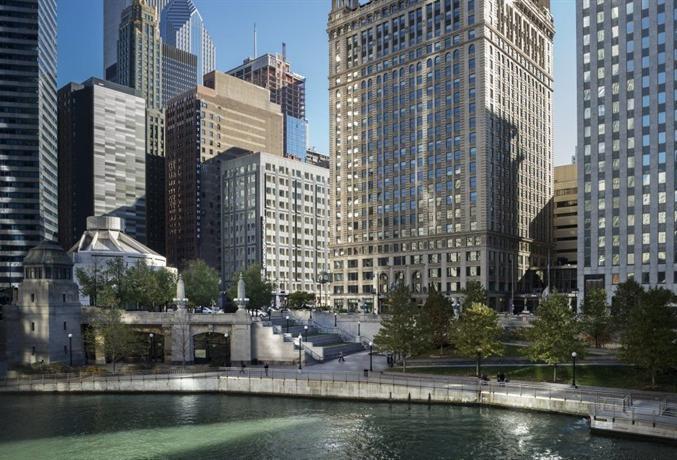 Kimpton hotel monaco chicago compare deals for Hotel monaco chicago