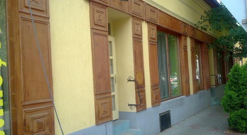 Central Apartman Gyula - dream vacation