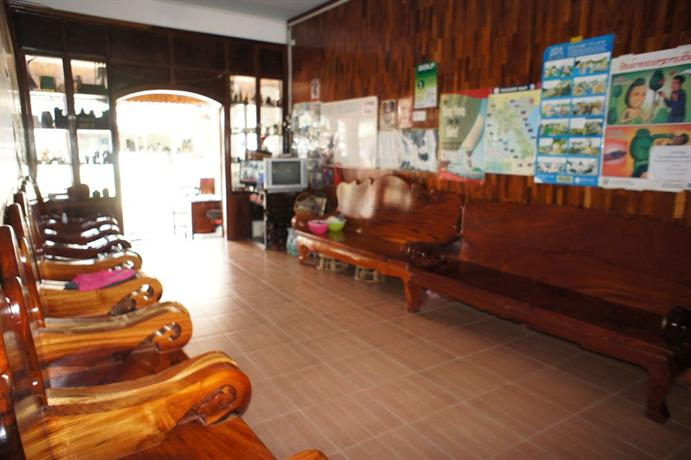 domon guesthouse vang vieng compare deals