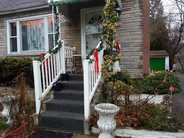 Hamilton West Guest House Images