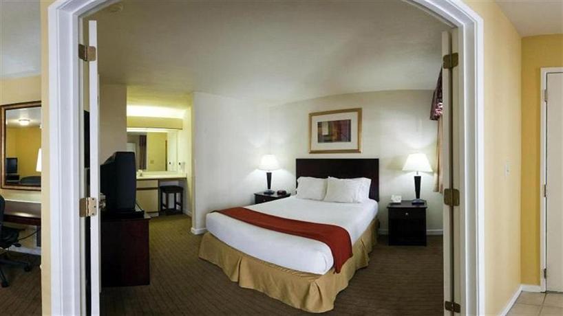 Quality Suites Buckhead Village - dream vacation