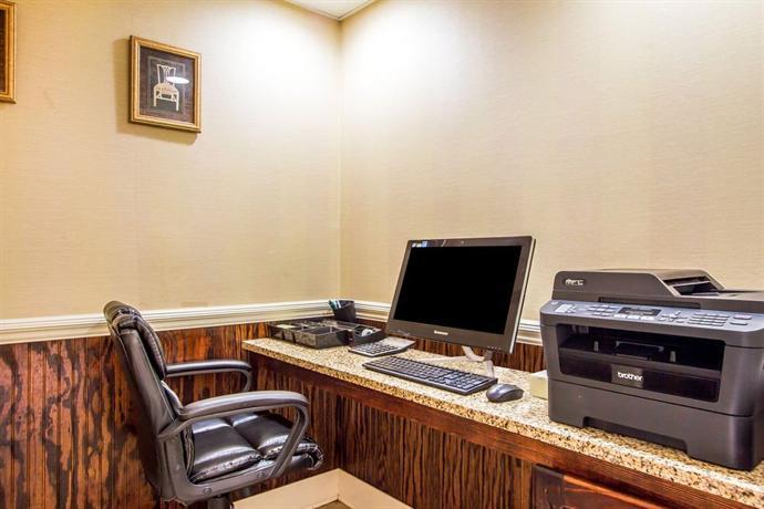 El Baymont Inn Suites Alexander City In