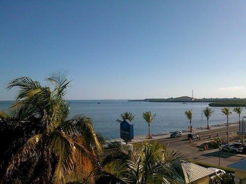 Key West Bayside Inn & Suites - dream vacation