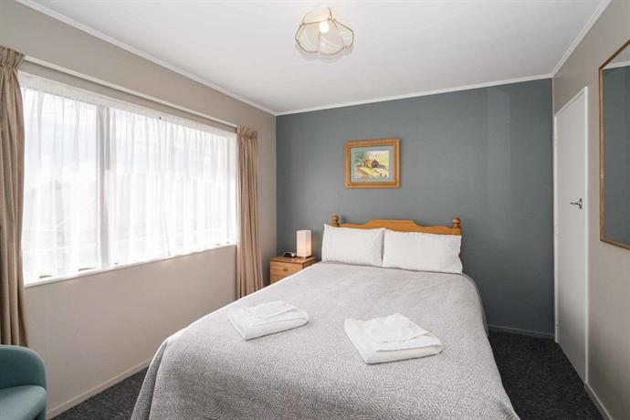 Trafalgar Lodge - dream vacation