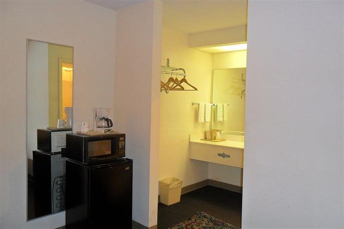 Luxury Inn & Suites Selma - dream vacation