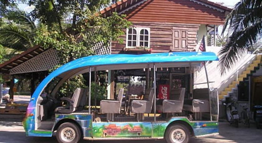 Scenic Riverside Resort - dream vacation