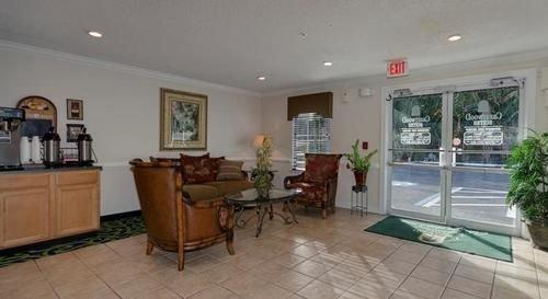 Crestwood Inntown Suites Fort Myers - dream vacation