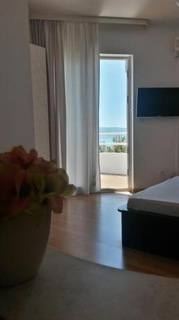 Rooms Vedrana - dream vacation