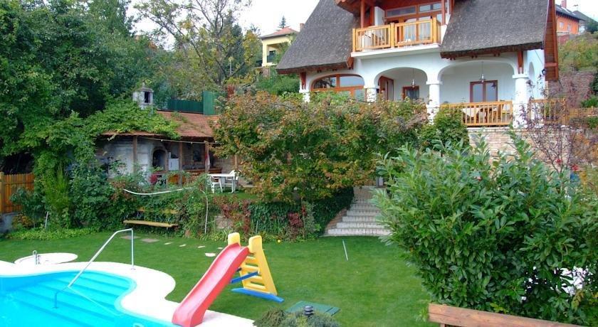 Nadfedeles Apartmanhaz - dream vacation