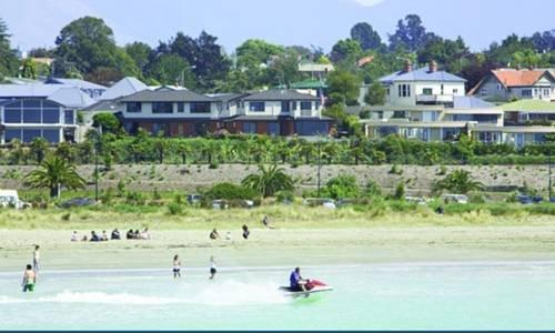 Baywatch Motor Lodge - dream vacation