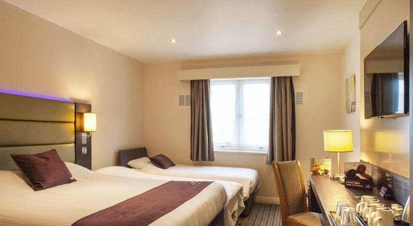 Premier Inn Canterbury City Centre - dream vacation