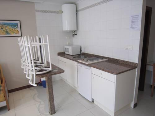Apartamentos Elena Laredo - dream vacation