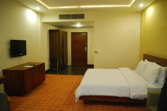 Hotel One Faisalabad - dream vacation