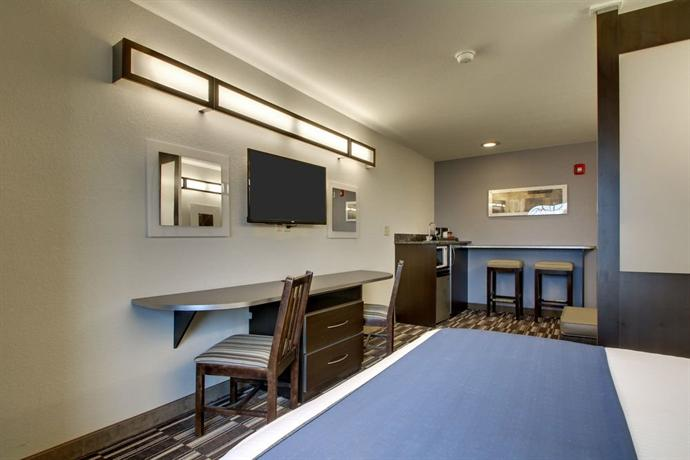 Microtel Inn & Suites by Wyndham Tuscaloosa - dream vacation