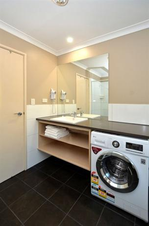 Quality Suites Banksia Gardens Albany - dream vacation