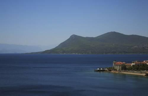 Over Sea Room & Villas - dream vacation