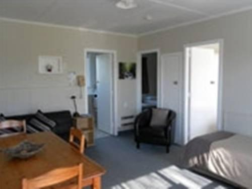 Cornwall Park Motel - dream vacation