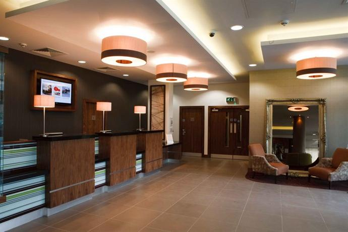 jurys inn belfast compare deals. Black Bedroom Furniture Sets. Home Design Ideas