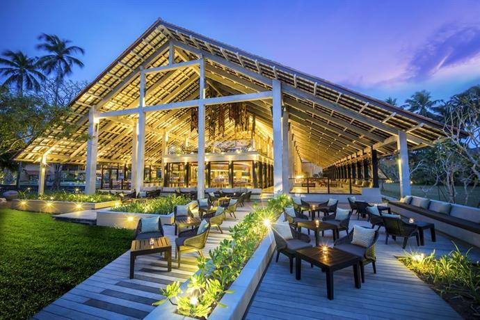 Anantara Kalutara Resort - dream vacation