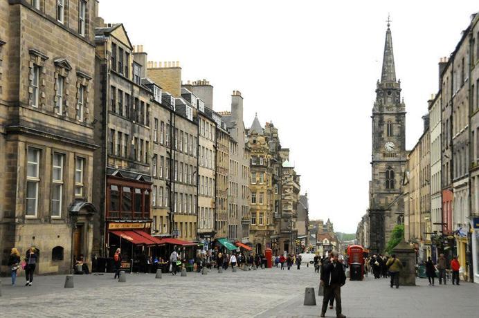 Stay Edinburgh City Apartments Royal Mile Compare Deals