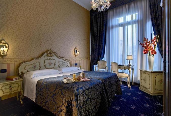 Hotel Montecarlo Venice - dream vacation