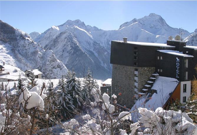 La Farandole Hotel Les Deux Alpes - dream vacation