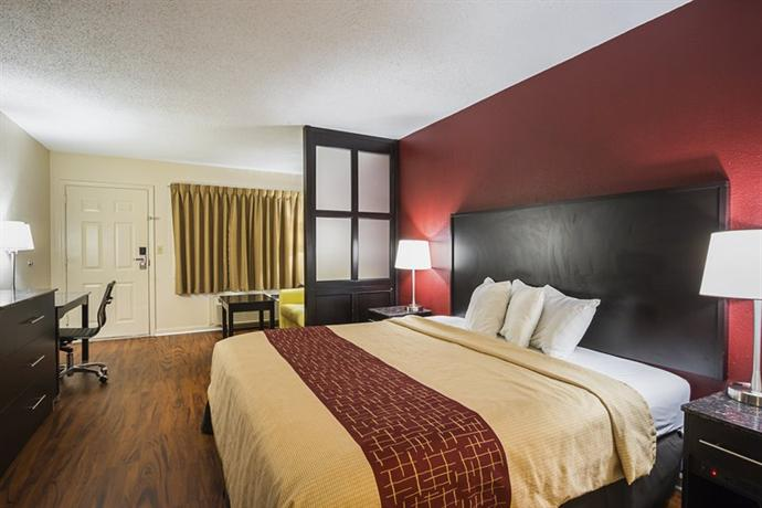 Red Roof Inn & Suites Scottsboro - dream vacation