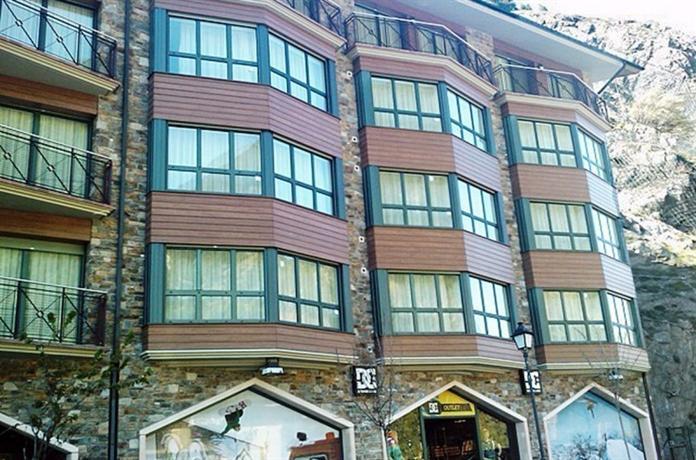 Apartamentos Canillo 3000 - dream vacation