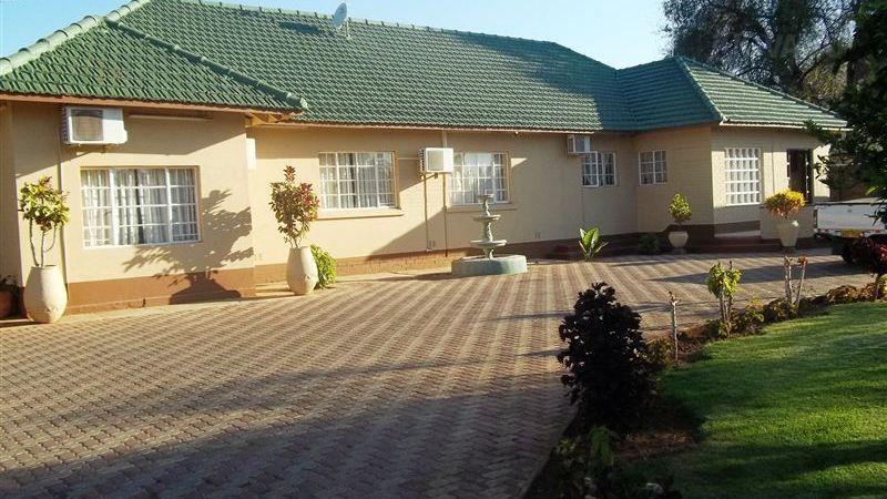North End Lodge Bulawayo - dream vacation