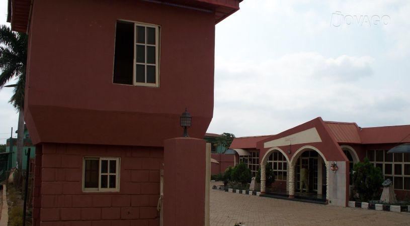 Ilorin Airport Hotel And Suites - dream vacation