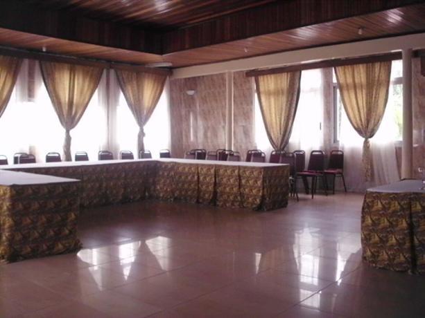 Sky Hotel Bonapriso - dream vacation