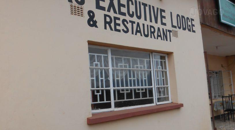 SAS Executive Lodge - dream vacation