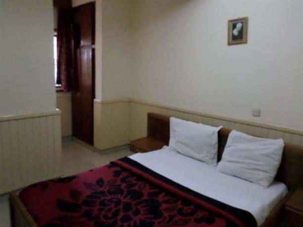 Chris Hotel Yaounde - dream vacation