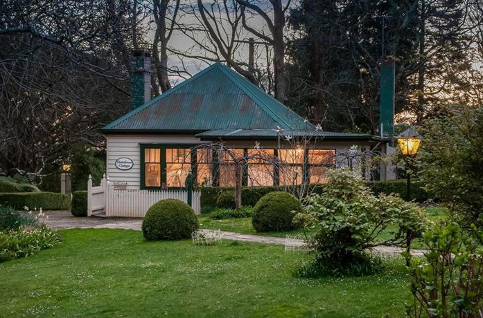 Photo: Moulton Park Cottages