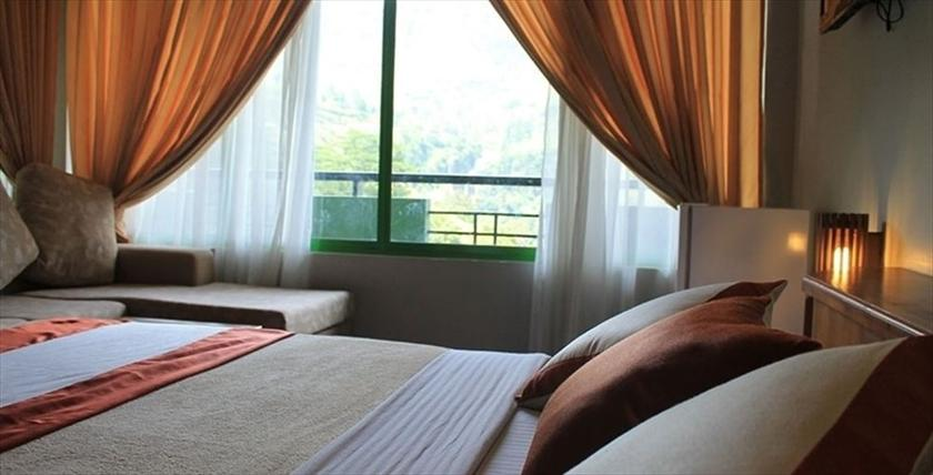 Ramboda Falls - dream vacation