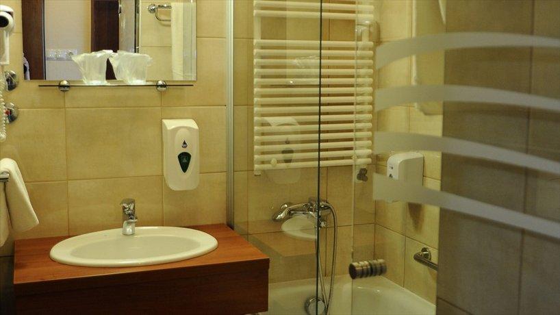 Park & Eger Hotel - dream vacation