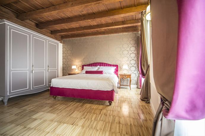 Lady Capulet Apartments - dream vacation
