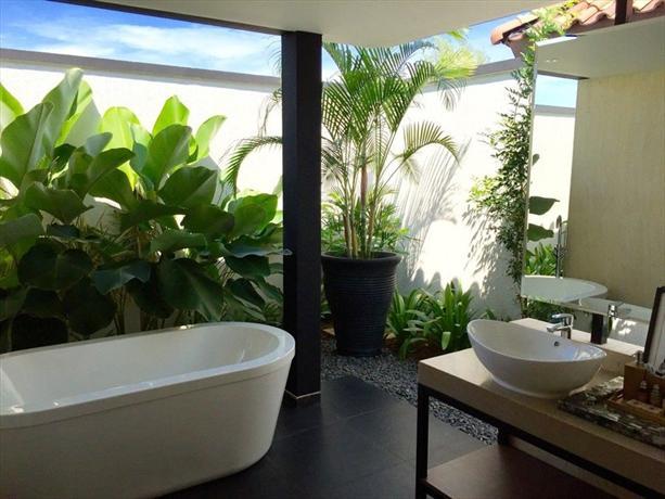 Holiday Villa Pantai Indah Bintan - dream vacation