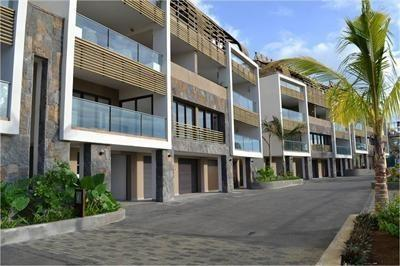 Grants Luxury 3 Bedroom Apartment Tamarin - dream vacation