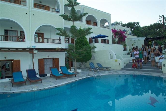Sunflower Hotel Kamari - dream vacation