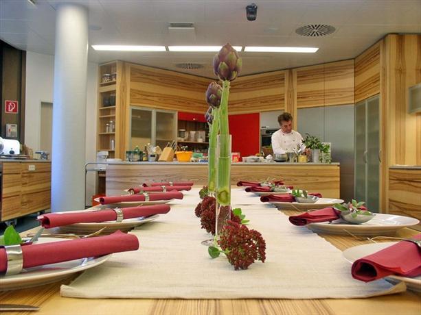 Lfi Hotel Landwirtschaftskammer Gastehaus Gmbh - dream vacation