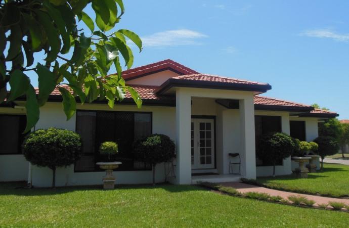 Homestay in Douglas near James Cook University - dream vacation