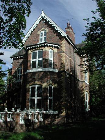 Homestay in Birkenhead near Oxton Cricket Club Ground - dream vacation
