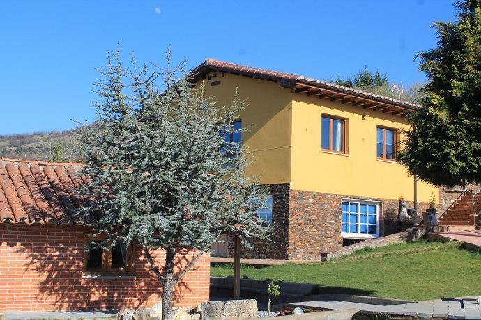 Homestay in Ponferrada near Castillo de Ponferrada - dream vacation