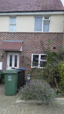 Homestay in Hemel Hempstead near Apsley Railway Station - dream vacation