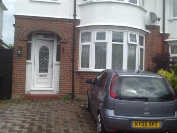 Homestay in Luton near Luton Sixth Form College - dream vacation