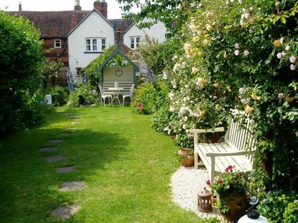 Homestay in Edenbridge near Starborough Castle - dream vacation