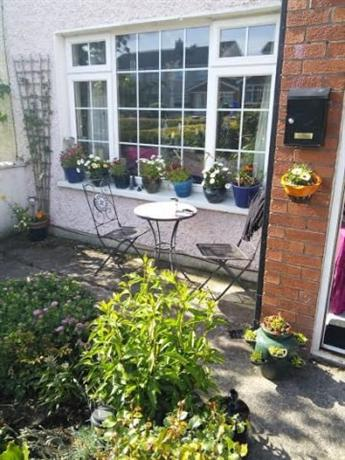 Homestay in Carlow near Dr Cullen Park - dream vacation