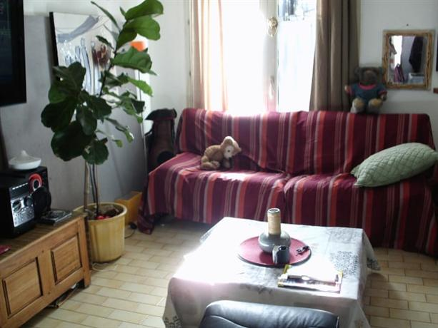 Homestay in La Martelle near Stade Yves-du-Manoir - dream vacation
