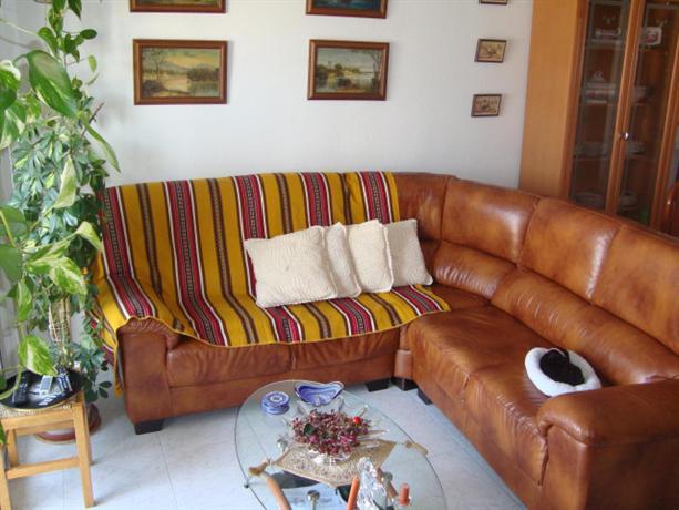 Homestay in Reus near Gaudi Centre - dream vacation
